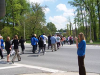 NIH Health Angels Halo Chase participants making their way down Wilson Dr.